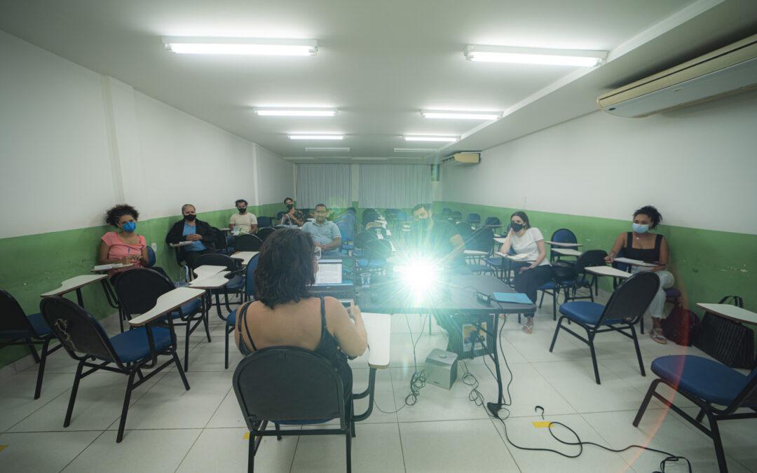 Oficina de Elaboração e Gestão de Projetos Culturais Periféricos [com Ursula Dart em Cariacica]