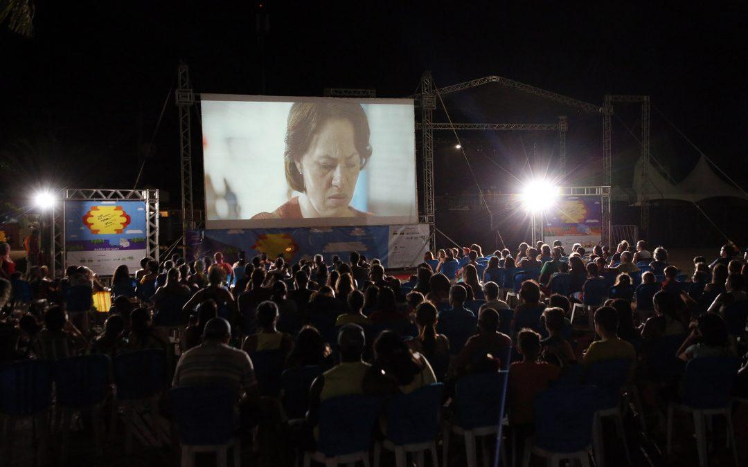 Cinema de frente para o mar: 25 FCV Itinerante passa por Aracruz